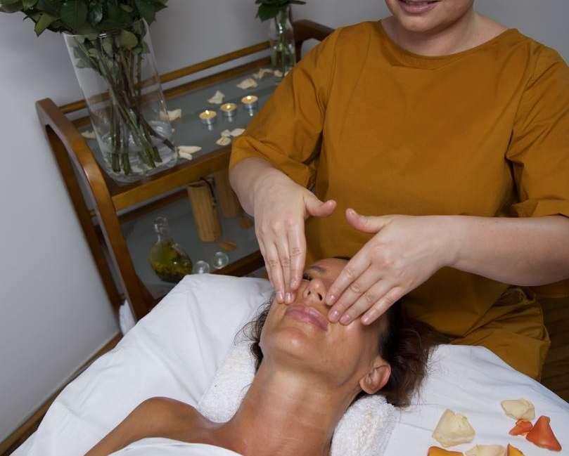 Indijska masaža glave in vratu